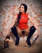 BDSM рабыня ПУШИСТАЯ Миранда, рост: 170, вес: 55